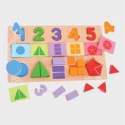 ξύλινο παιχνίδι με τις πρώτες μαθηματικές πράξεις